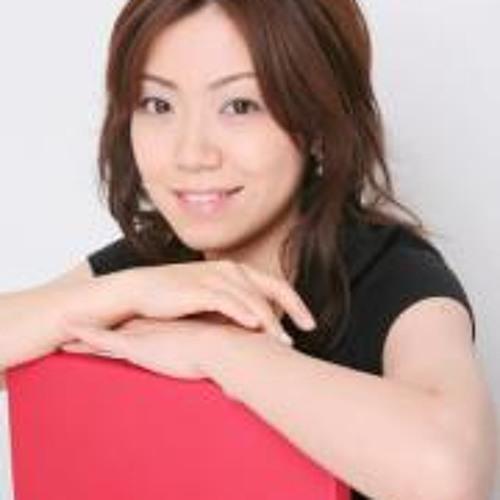 Izumi  Takada's avatar