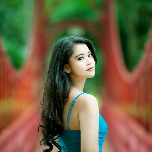 Ayyu Wira Utami's avatar