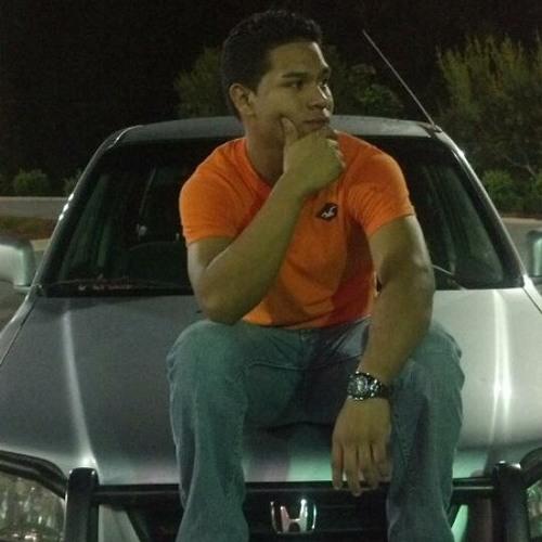 GabyLopez's avatar