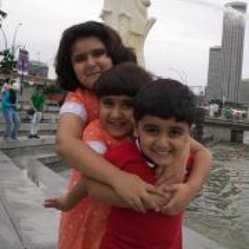Kulsoom Shahzad's avatar
