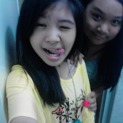 Joyce and Arianne's avatar