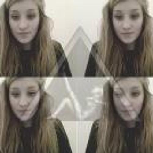 Lisa Le Moelle's avatar