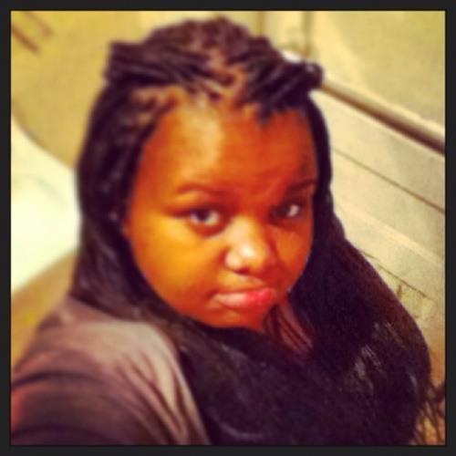 missnicki_:-)'s avatar