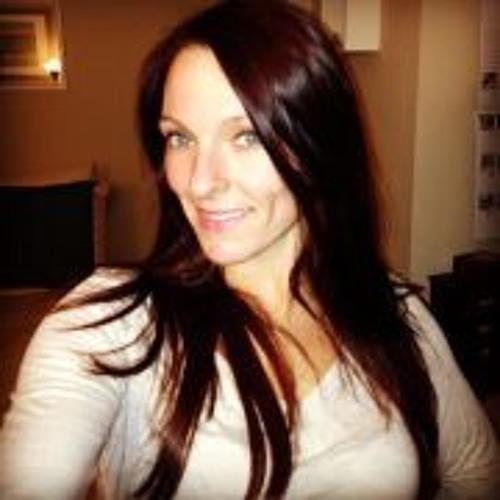 Jenny Lyn Trala's avatar