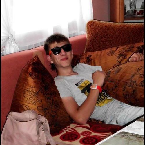 Lukas17's avatar