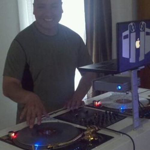 DJ Rontech in the Mix's avatar