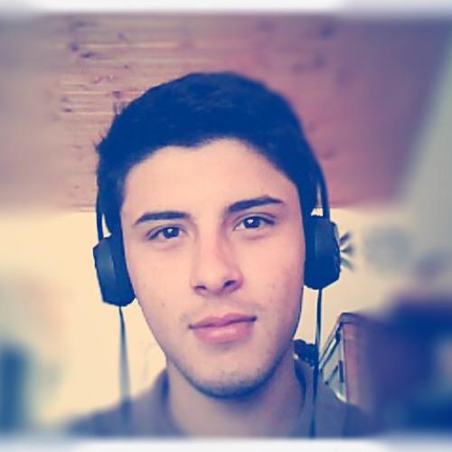 Fernando Montoya's avatar
