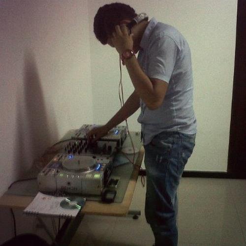 Cbas Reyes's avatar