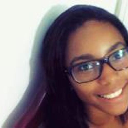Carol Carvalho 15's avatar