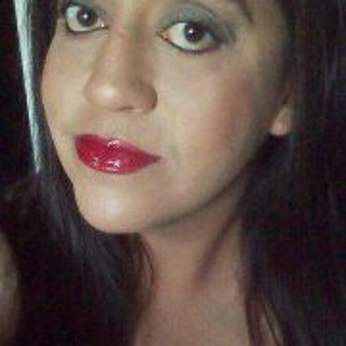 Julie Garcia 5's avatar