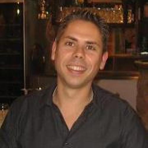 Rafa Guzmán 2's avatar