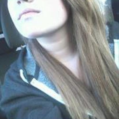 Cora Lynn Dewan's avatar