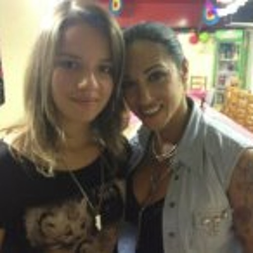 Helena Lima 6's avatar