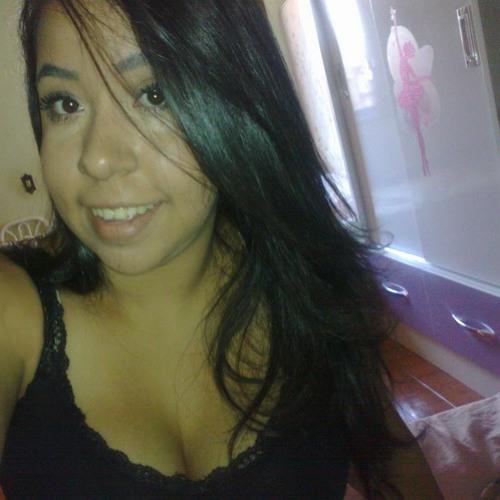 Mariana Nascimento's avatar