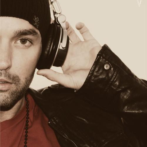 Dominick James's avatar