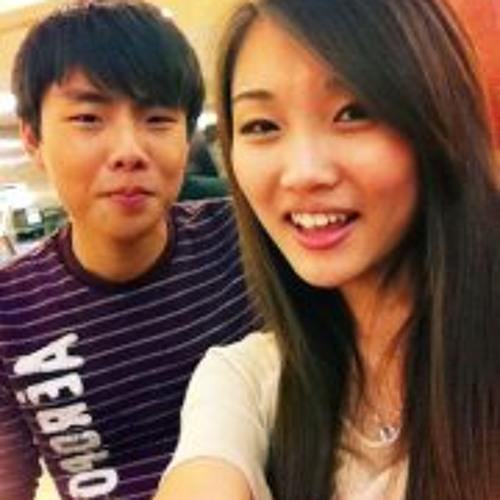Yoo Soo Lee's avatar