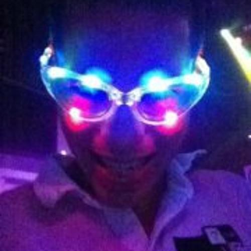Alex Pen-Pen's avatar