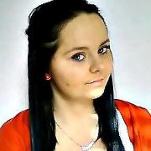 Christine Henzel's avatar