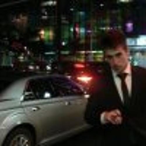 Karam Thomas's avatar
