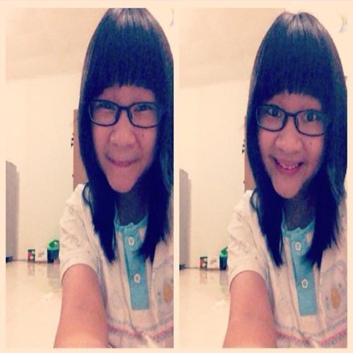 MaureenZerlina's avatar