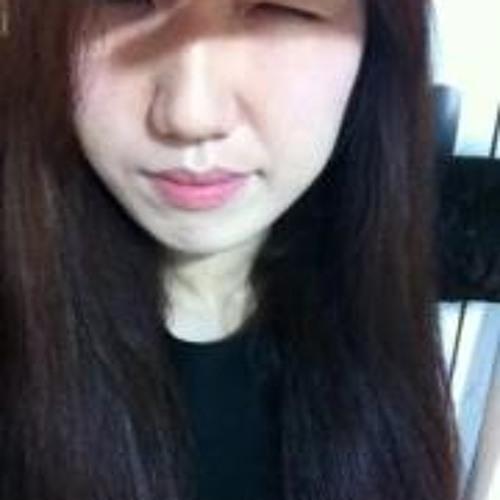 Myeong Hui Gim's avatar