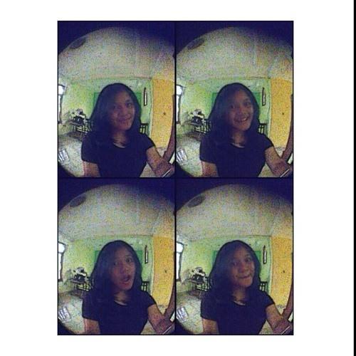 nadine widyaputri's avatar