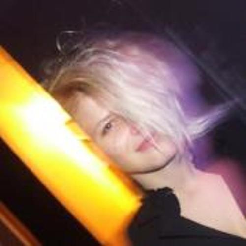 Mirela Srna's avatar
