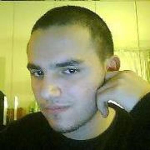 Riku Rinaldi's avatar