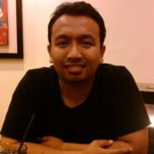 Elmy Fadzli's avatar