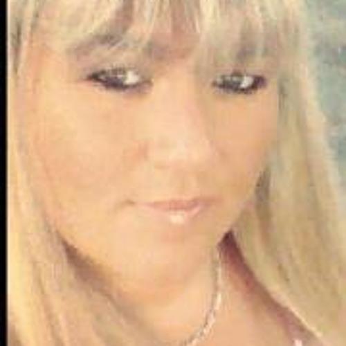 Sandy Barnes Carter's avatar