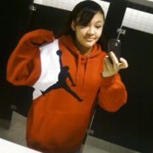 Chantel Storm Saddler's avatar