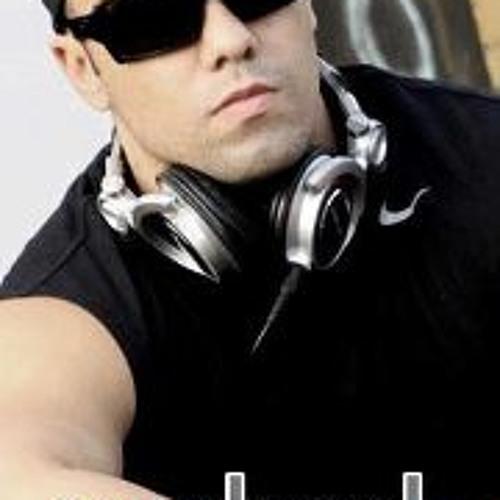 Raphael Alves Siqueira's avatar