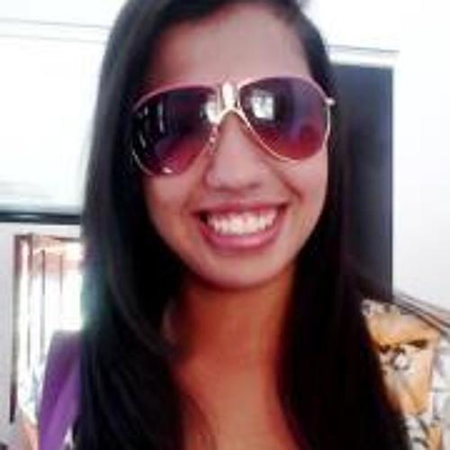 Allana Caroline's avatar