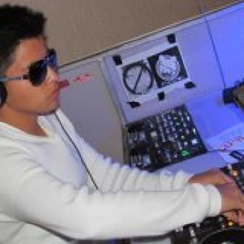 DJ Alejandro Rosales's avatar