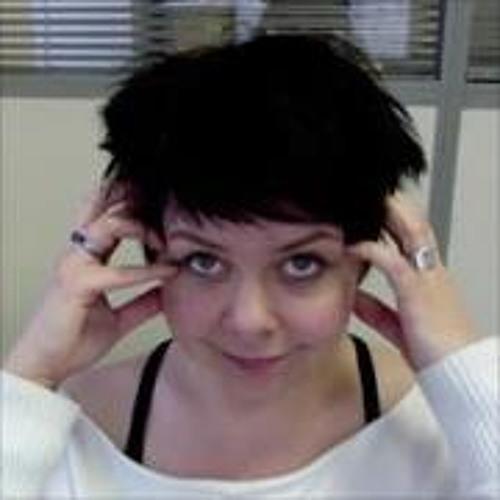 Elena Zaderei's avatar