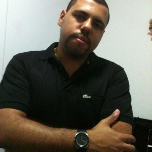 Felipe Volpi's avatar