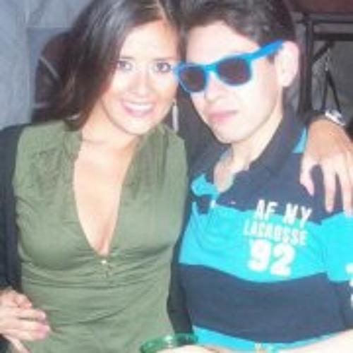 OzKar AntOnio Becerril's avatar