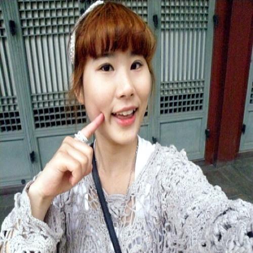 Tina Kimgoheun's avatar