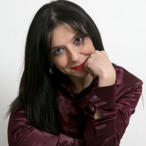 Carla Polce's avatar