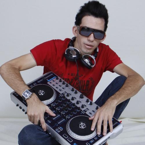 RÔMULO STÚDIO's avatar