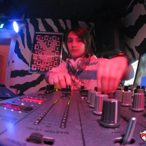 DJ Kaly's avatar