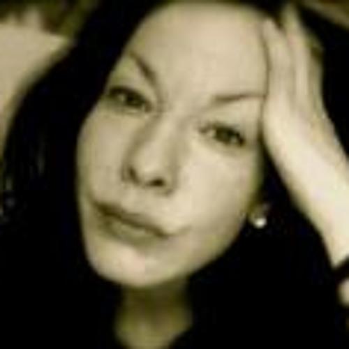 Nadine Nau's avatar