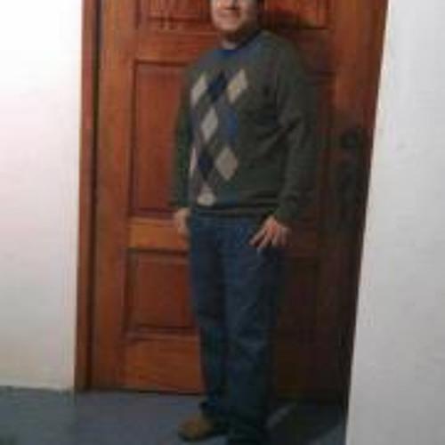 Moisés Uc's avatar
