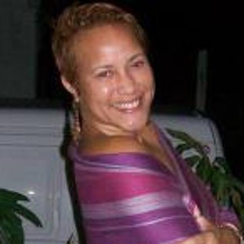 Michelle Gwada's avatar
