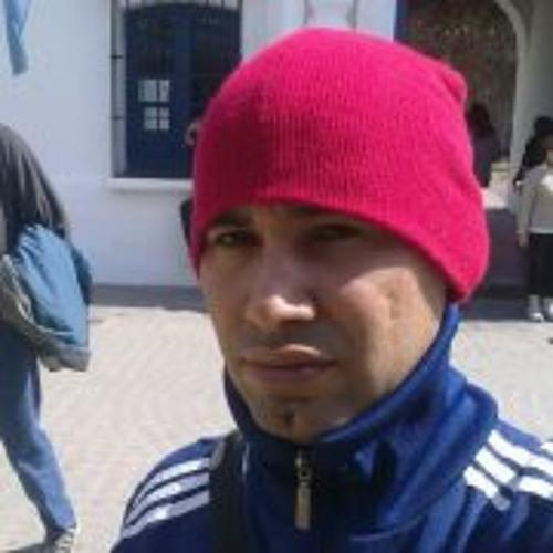 Oscar Suarez 10's avatar