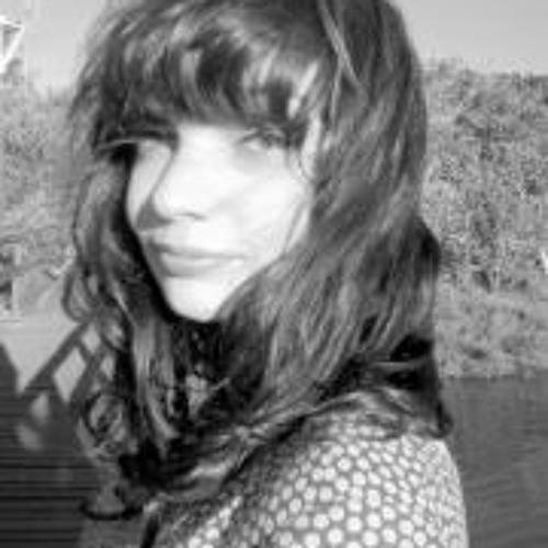 Larissa Luz 1's avatar
