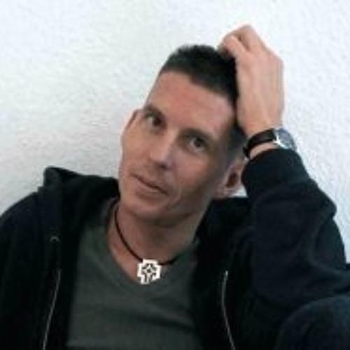 Frank SemperIdem Bettges's avatar