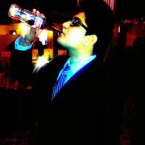 Idrak Khan's avatar