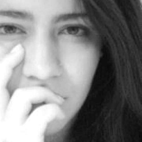 Cata Castillo's avatar
