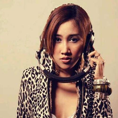 Monica WB Mixtapes's avatar